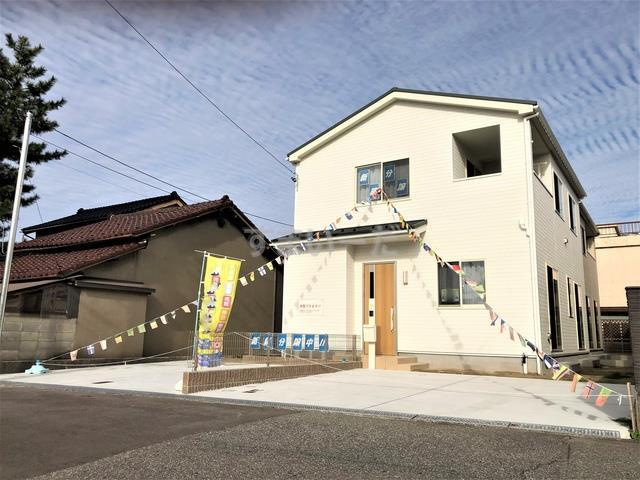 ハートフルタウン 富山市西大泉1期の外観①