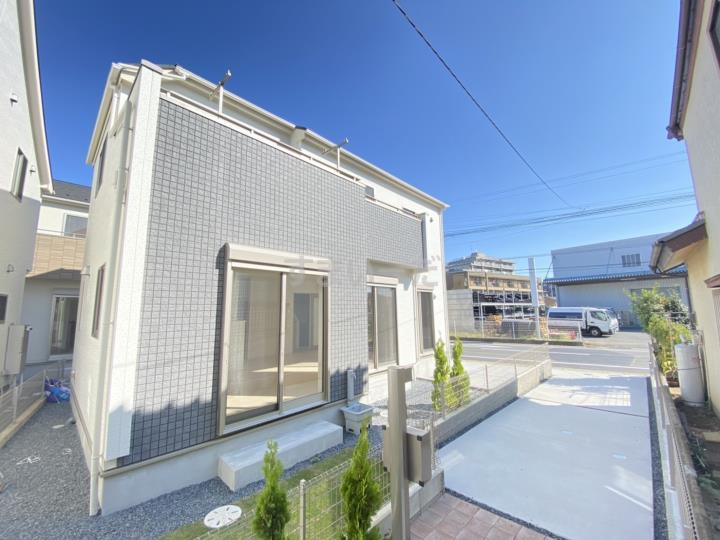 東栄住宅【ブルーミングガーデン】千葉市稲毛区小深町3棟の外観②