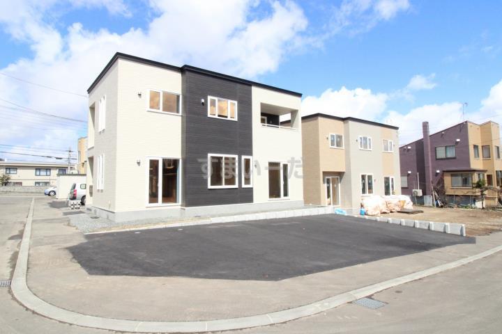 ブルーミングガーデン 札幌市西区平和二条3丁目4棟-長期優良住宅-の外観②
