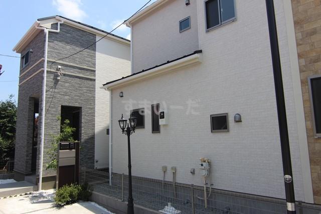 ブルーミングガーデン 横浜市神奈川区片倉3丁目2棟の外観①