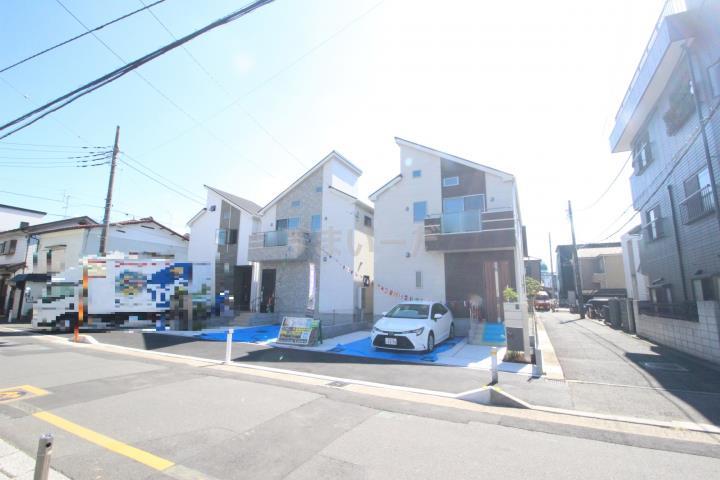 ブルーミングガーデン さいたま市桜区西堀5丁目3棟-長期優良住宅-の外観①