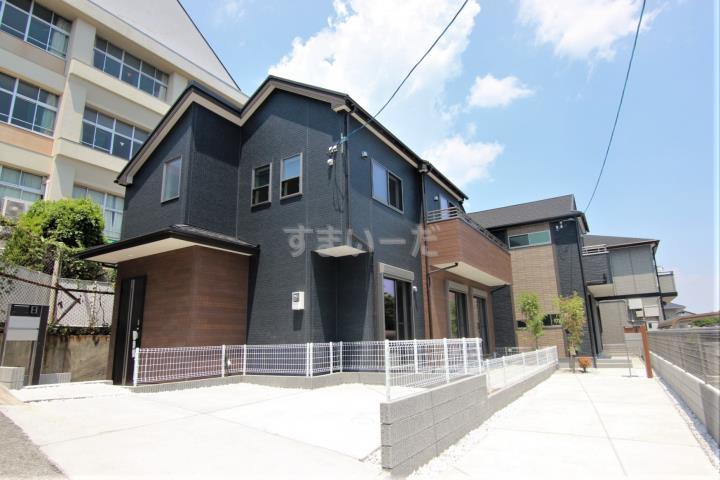 ブルーミングガーデン 神戸市須磨区大手町5丁目2棟-長期優良住宅-の外観①