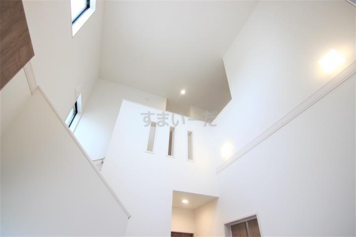 ブルーミングガーデン 姫路市花田町小川3棟現場-長期優良住宅-の外観②