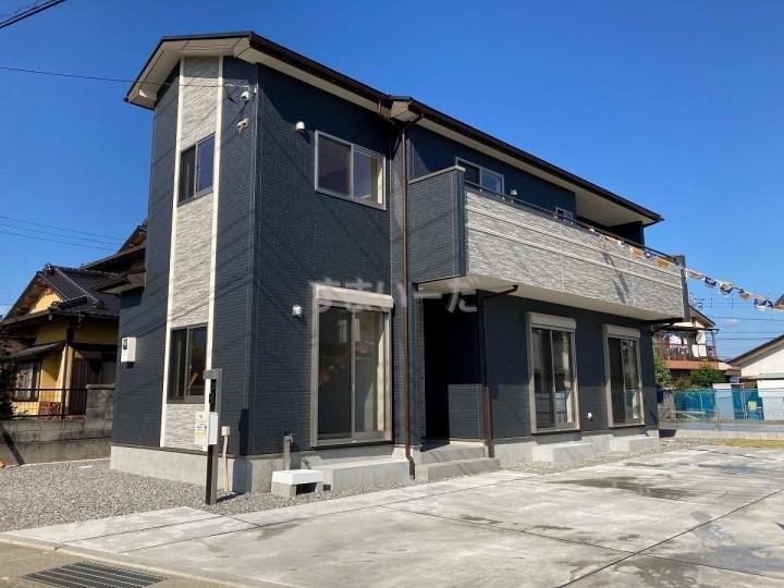 ブルーミングガーデン 南アルプス十日市場3棟-長期優良住宅-の外観②