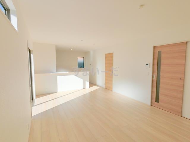 リナージュ 富岡市中高瀬21-1期の外観②