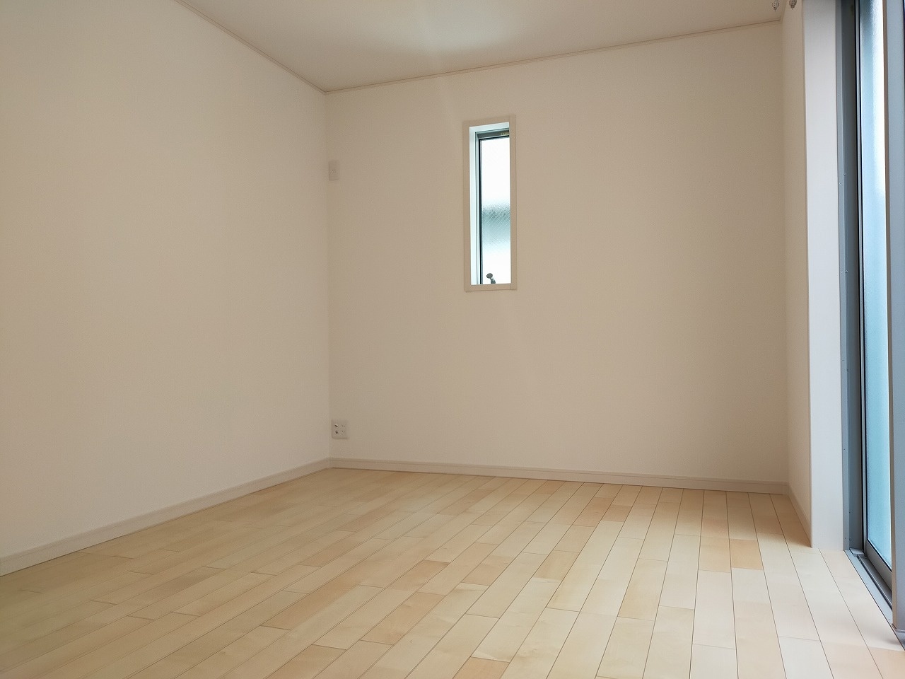1階には6帖の洋室が2部屋