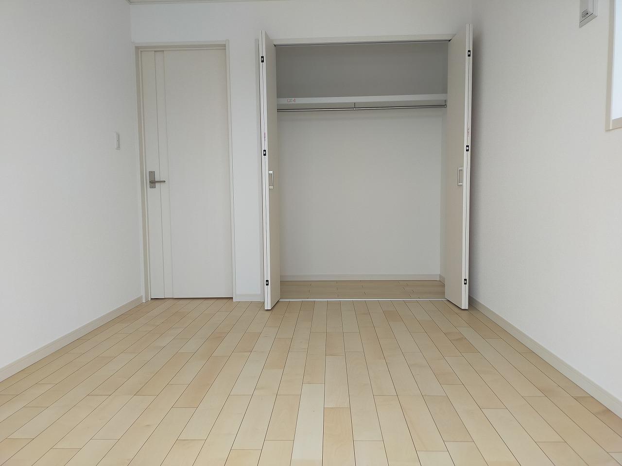 3階洋室(一部屋)にはクローゼットあり