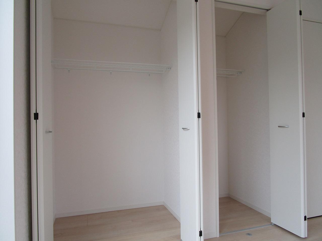 3階 7.8帖の洋室内 収納力のクローゼット