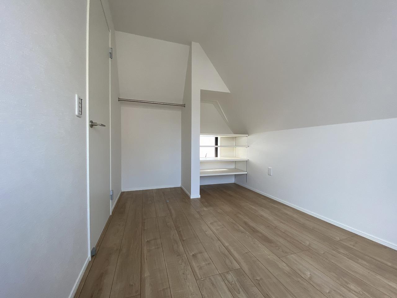 3階5帖の納戸スペース