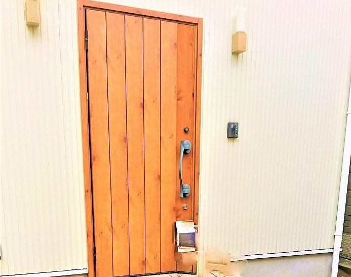 お洒落な玄関ドアです!!