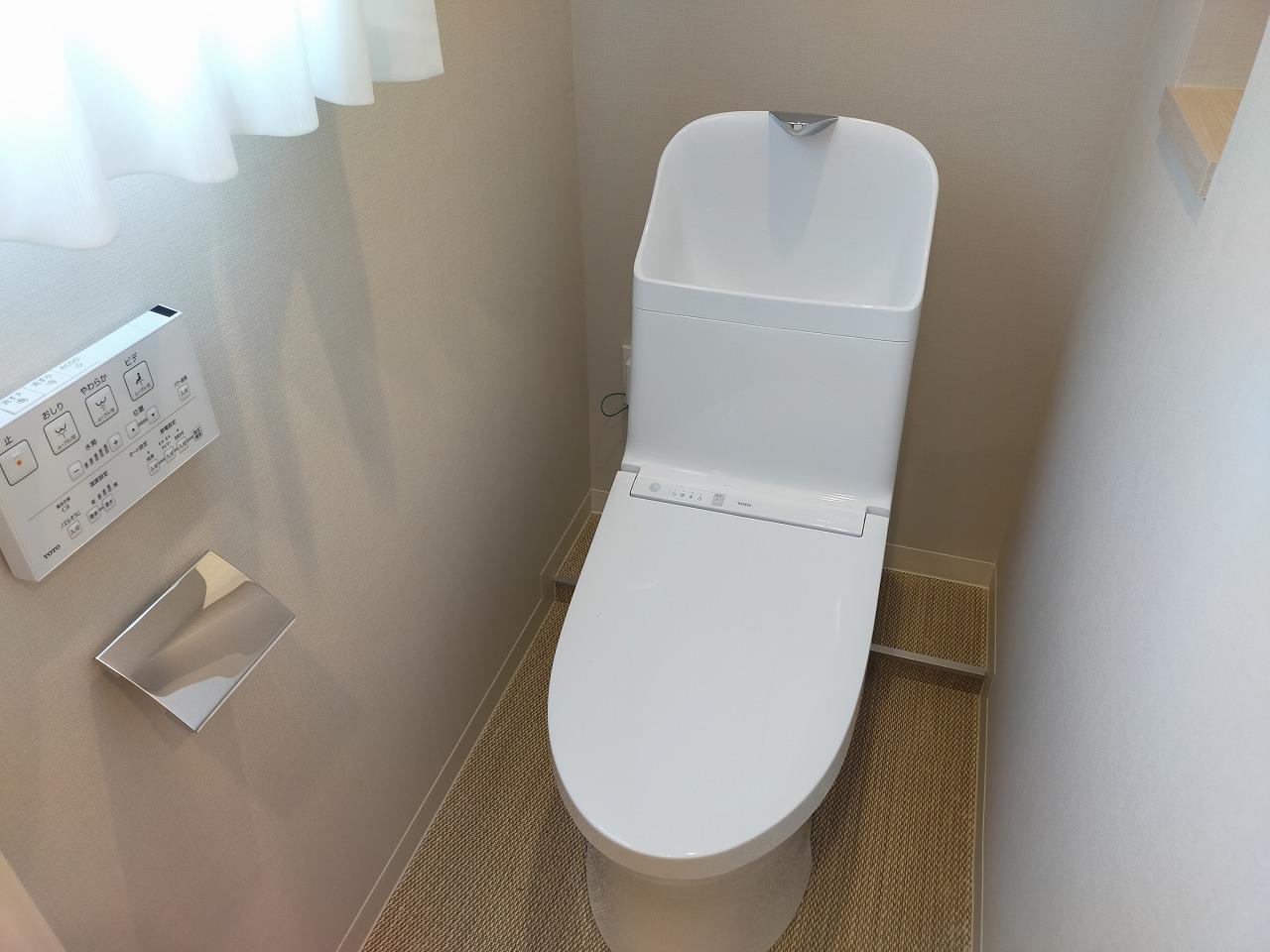 ウォシュレット一体型トイレ(新規交換済み)