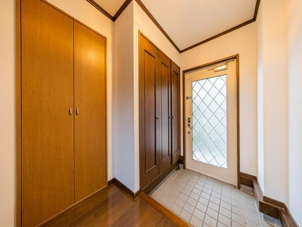 【玄関】玄関収納充実