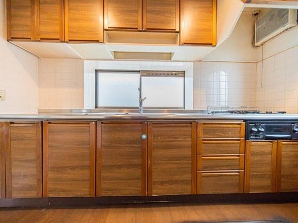 【キッチン】作業スペースも広々