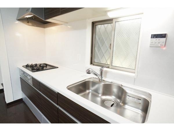 【キッチン】使い勝手の良い広々としたキッチンです