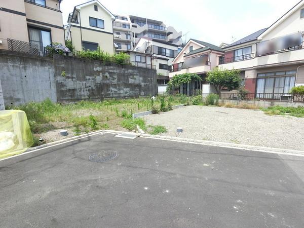 【前面道路含む現地写真】「町田」駅も徒歩圏内の便利な立地