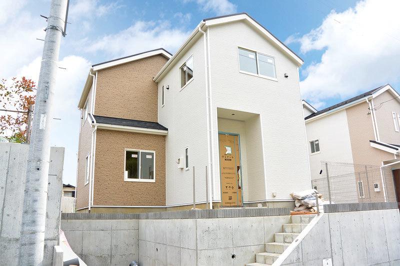 飯島町新築4号棟、整形地、緑多い...