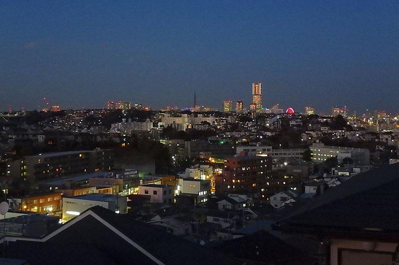 3台停車場的可的(出自車型的)橫濱...