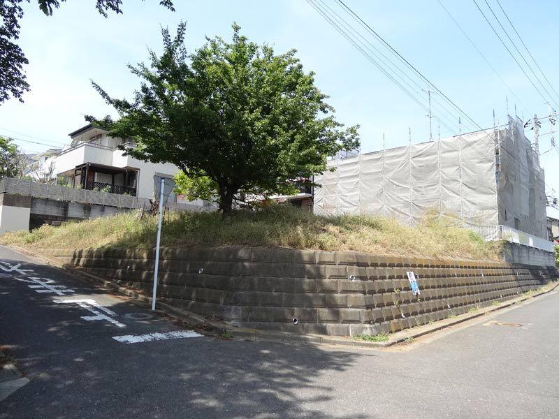 다이기리 마루야마 공원 앞의 동남 모퉁이의 땅