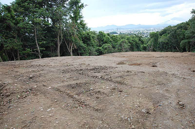 Very large land suitable for material depot and vegetable garden...