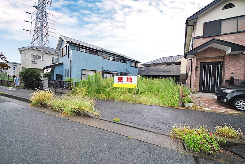 In quiet residential area of Hiratsuka Station 18-minute walk...
