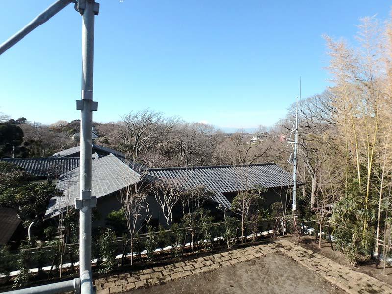 海や富士山を望む。鎌倉山の中でも...