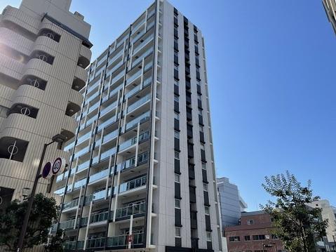 2011年11月築、総戸数76戸です。