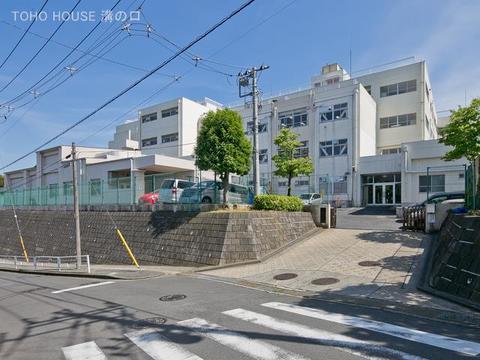 横浜市立みたけ台小学校 距離400m
