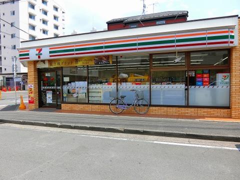 セブンイレブン横浜大豆戸町店 距離140m