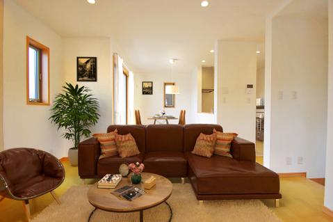 広がりのある住空間、家族が集まるリビング・ダイニング(家具はCGになります)