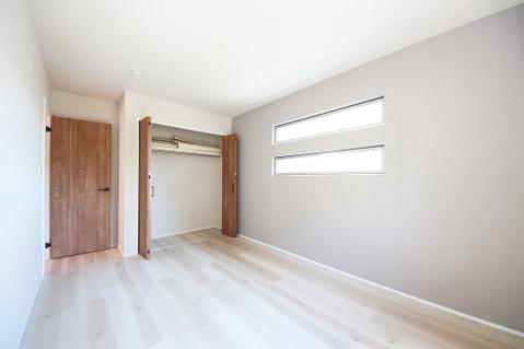 洋室約6.8帖収納スペース