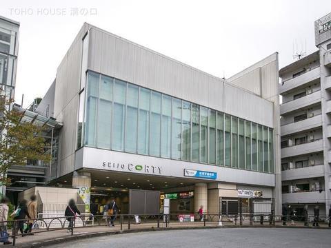 小田急電鉄小田原線「成城学園前」駅 距離1540m