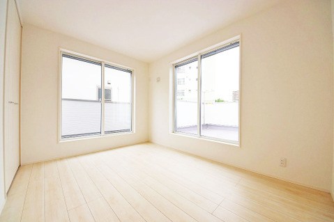 6.0帖洋室 2階の全居室がバルコニーに面しています
