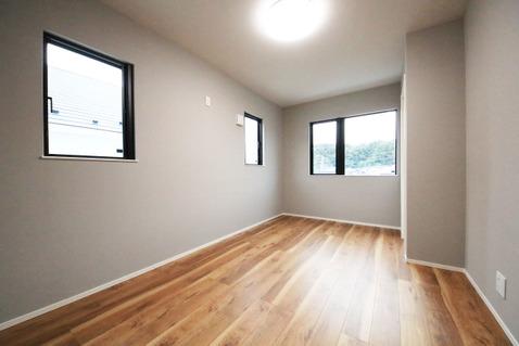 7.1帖の広々とした洋室は主寝室にピッタリです