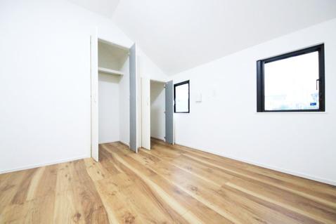 2階 4.5帖洋室 各居室にクローゼットが設けられています