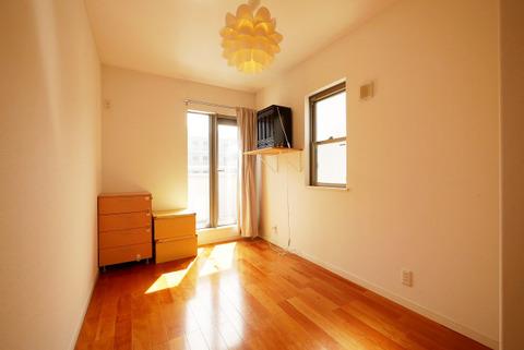 2面からの陽射しで、お部屋での生活を明るくしてくれます