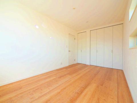 7帖ほどの居室は、使い勝手が良く好みのデザインにできます