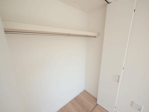 洋室約7.2帖 収納スペース
