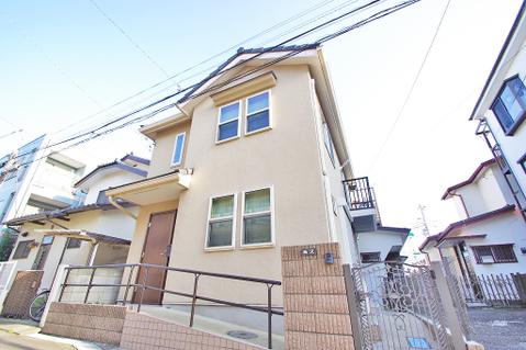 最寄の登戸駅は小田急線・南武線の2路線利用可能