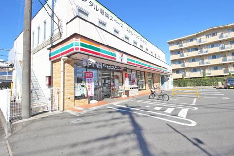 セブンイレブン 川崎下作延店 距離750m