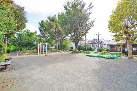 津田山第二公園 距離550m