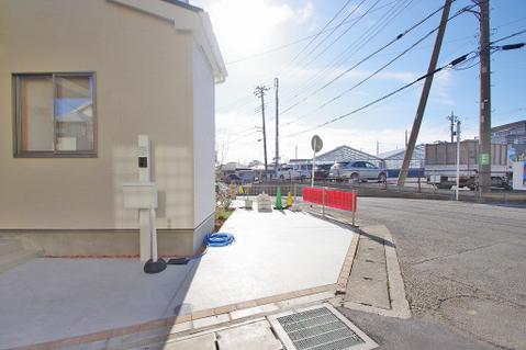 カースペースは2台駐車可能(車種による)