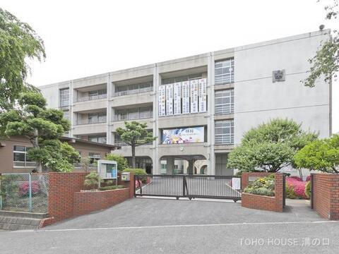 川崎市立野川中学校 距離350m