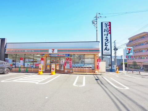 セブンイレブン 川崎馬絹南店 距離600m