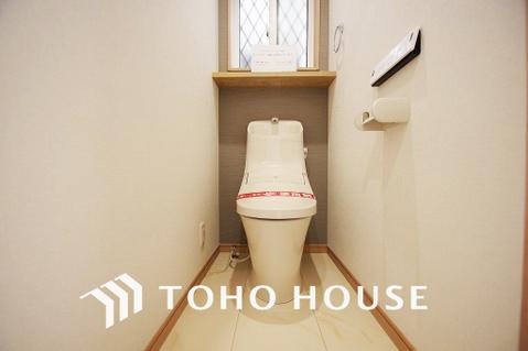 トイレは1階と3階にあり、便利です