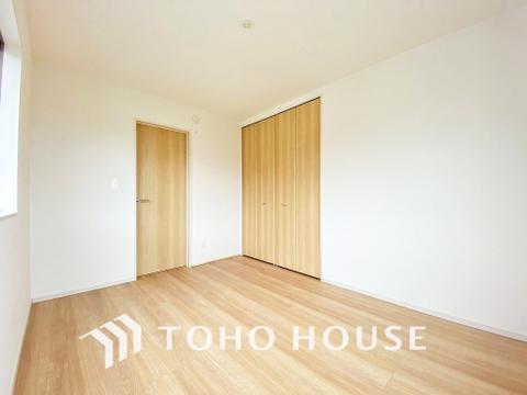 家具の配置のし易い室内で、趣味の部屋としても充分な広さを確保しております