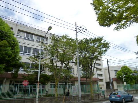 川崎市立野川小学校 距離800m