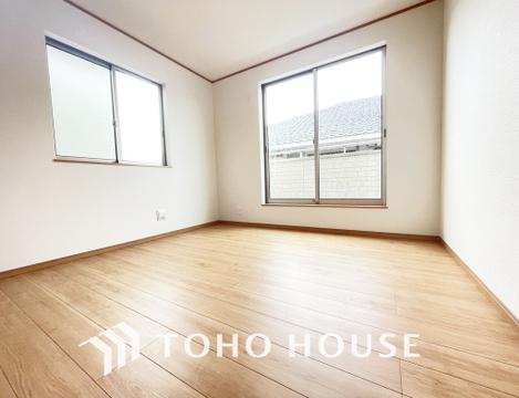 全居室に2面に窓があるので日当たり、風通しも良好です