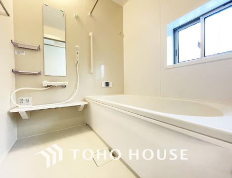 約1坪あるバスルームは一日の疲れを癒す特別な空間に