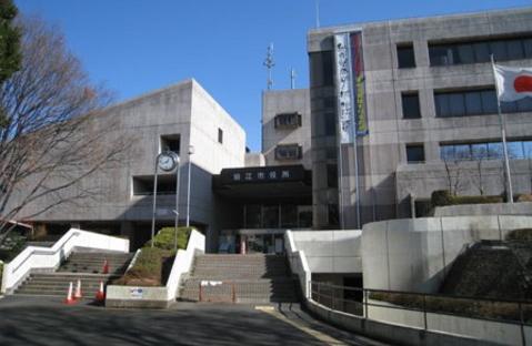 狛江市役所 距離約800m