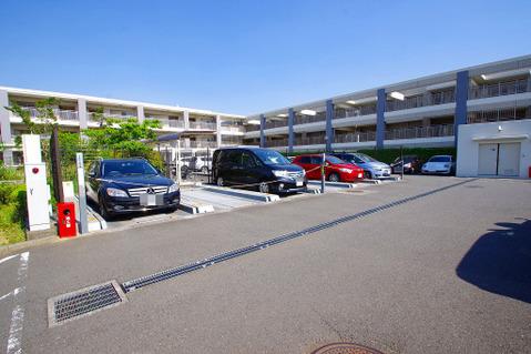 駐車場:空きあり、10000~15000円